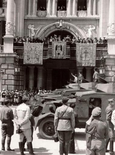 ENTRADA DE FRANCO EN vALENCIA EN 1939