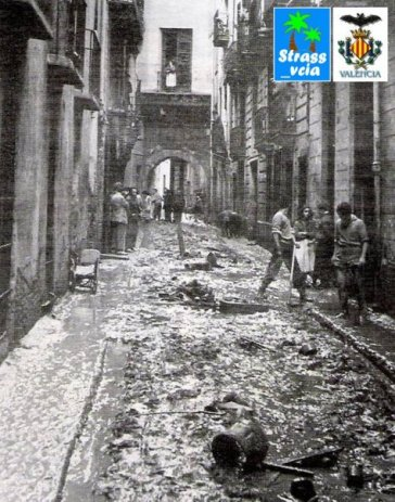 Portal de la Valldigna 1957, directly after the October flood